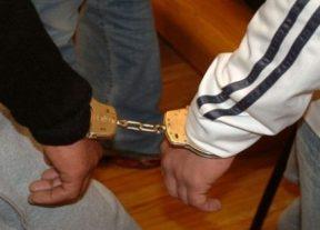 """التزوير في نتائج تحاليل الكشف الطبي لــ""""كوفيد-19″يقود شخصين للإعتقال"""