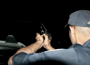 عاجل:الرصاص يلعلع في سماء البيضاء لإيقاف جانح