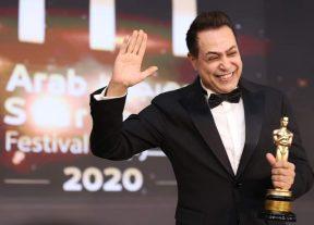 بالصور:تتويج حكيم نجم العرب الشعبي لسنة 2020