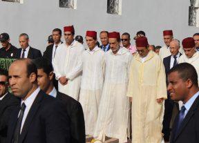 بالصور:الأمير مولاي رشيد يتقدم موكب تشييع جثمان محمد كريم العمراني