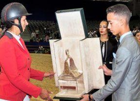 ولي العهد الأمير مولاي الحسن يترأس بالجديدة حفل تسليم الجائزة الكبرى لصاحب الجلالة الملك محمد السادس للقفز على الحواجز