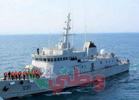 البحرية الملكية بالمتوسط تقوم بإغاثة ثلاثة زوارق تقليدية وعلى متنها 117 مرشحا للهجرة غير الشرعية