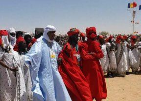 بالصور:الطرب الحساني للصحراء المغربية يمثل المملكة في مهرجان بتشاد