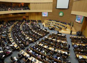 مفوضية الإتحاد الإفريقي تعلق عضوية السودان لحين تسليم السلطة لحكومة مدنية