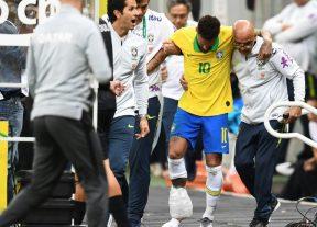 النجم البرازيلي نيمار سيغيب عن الملاعب لأربعة أسابيع