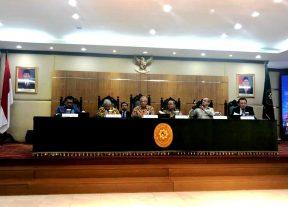 من أندونيسيا فارس يشدد على أن مهام السلطة القضائية من خلال محاكم المملكة وقضاتها تتجاوز بكثير إصدار الأحكام والفصل في المنازعات
