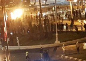 وفاة شابة و إضرام النار بوكالة بنكية في أحداث تخريبية بمدينة العيون