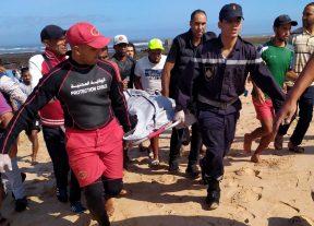 """بالصور:""""وطني24″ تنفرد بنشر التفاصيل الحقيقية حول عثور صياد على جثتين في شاطئ السعادة تراب عمالة عين السبع الحي المحمدي"""