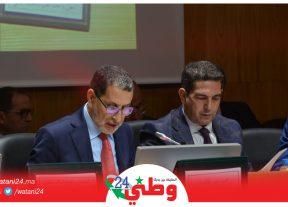 رئيس الحكومة يدعو المجتمع المغربي إلى ضرورة التسلح بجرعة عالية من الوطنية لإنجاح الأوراش التنموية