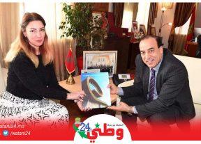 بالصور:عبيابة يستقبل مديرة متحف الزرابي بباكو وهذا ما دار بين الجانبين