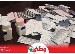 بالصور:إجهاض محاولة تهريب 2295 قرصا طبيا مخدرا على متن شاحنة مسجلة بالمغرب
